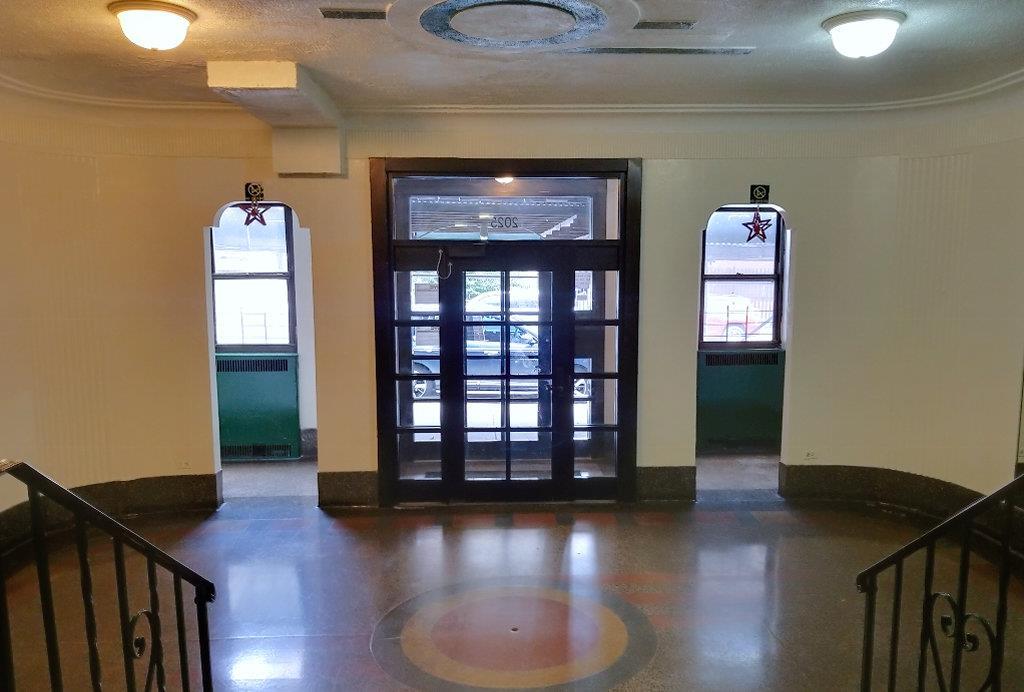 2025 Valentine Avenue Interior Photo