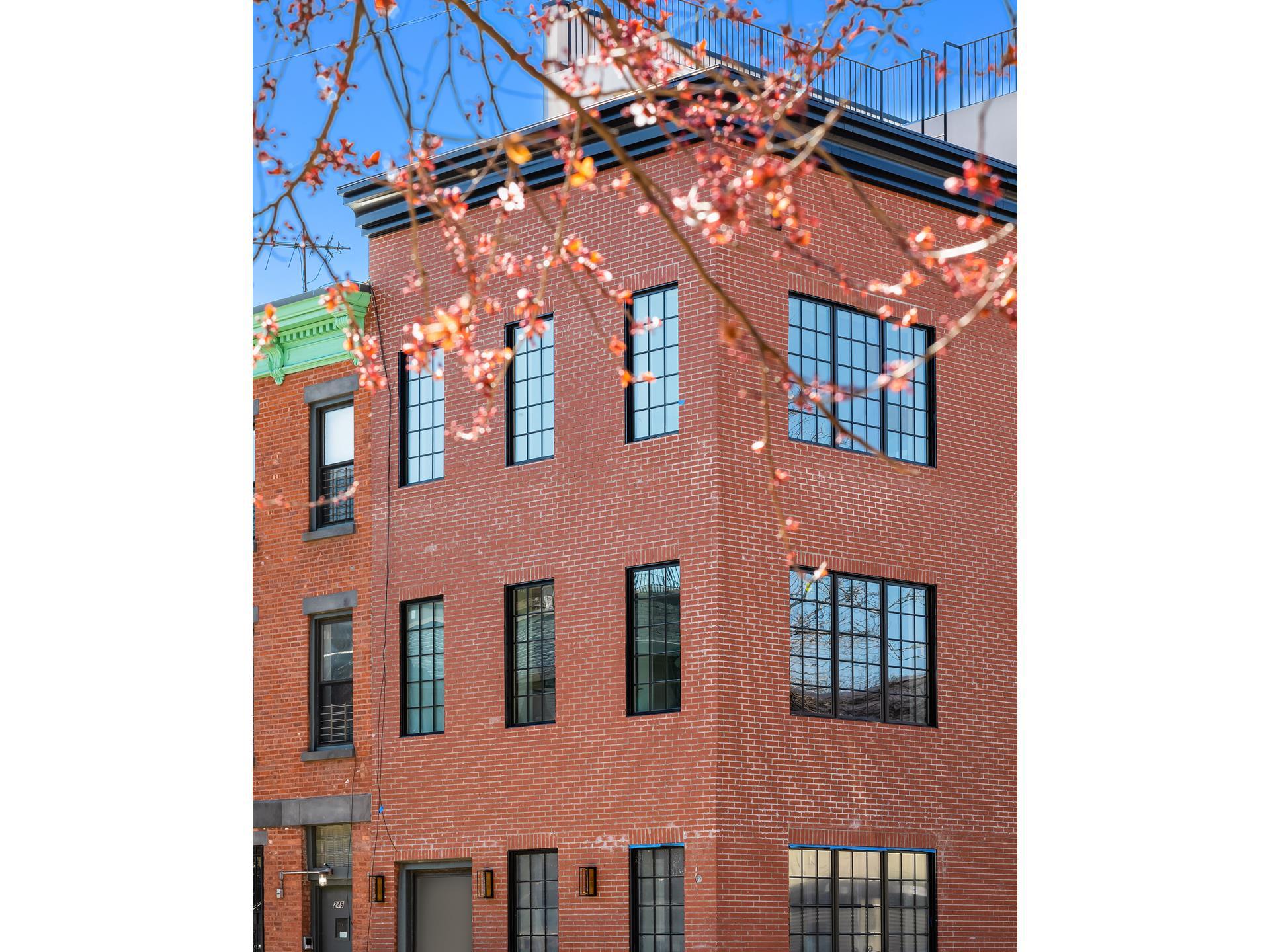 246 Hoyt Street Boerum Hill Brooklyn NY 11217