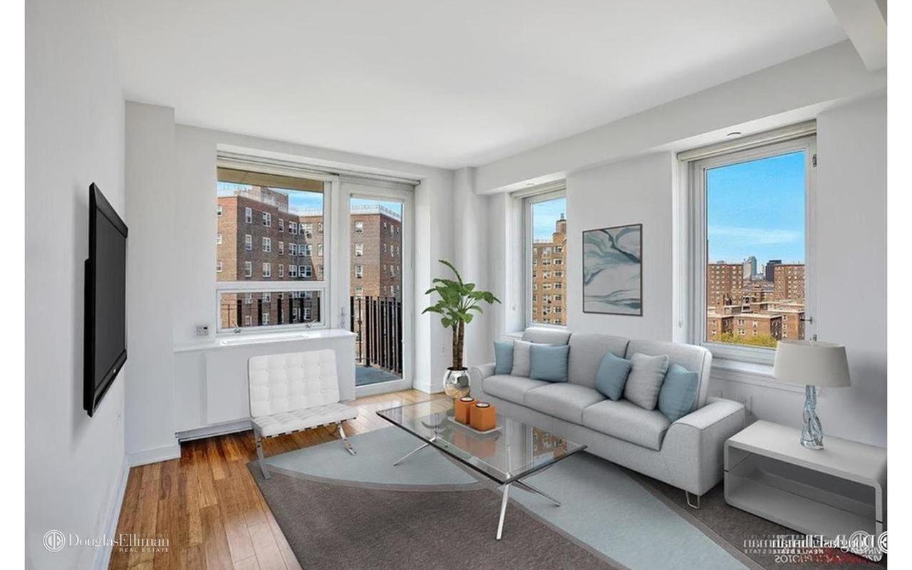 101 Avenue D E. Greenwich Village New York NY 10009
