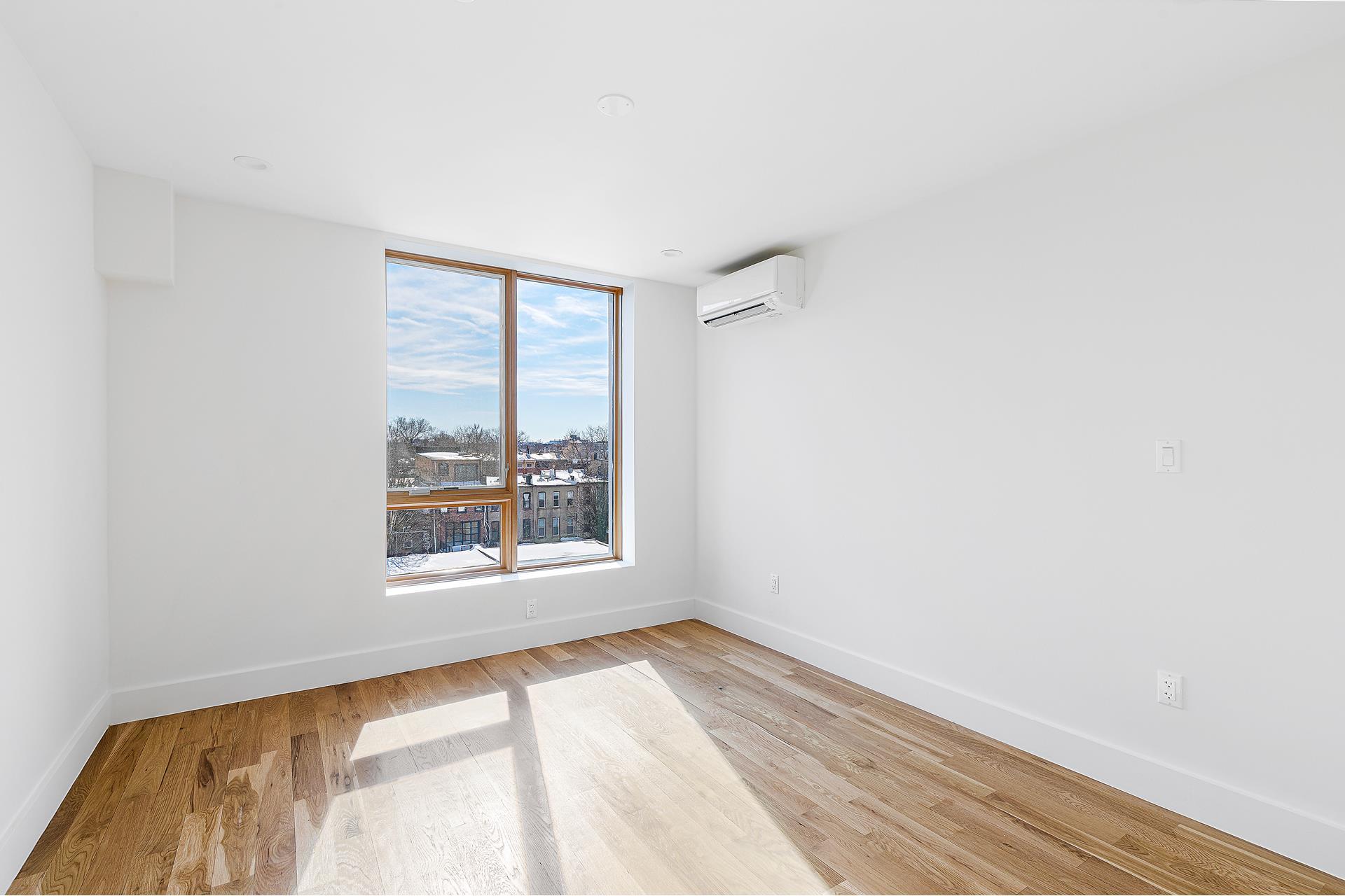 819 Lexington Avenue Bedford Stuyvesant Brooklyn NY 11221