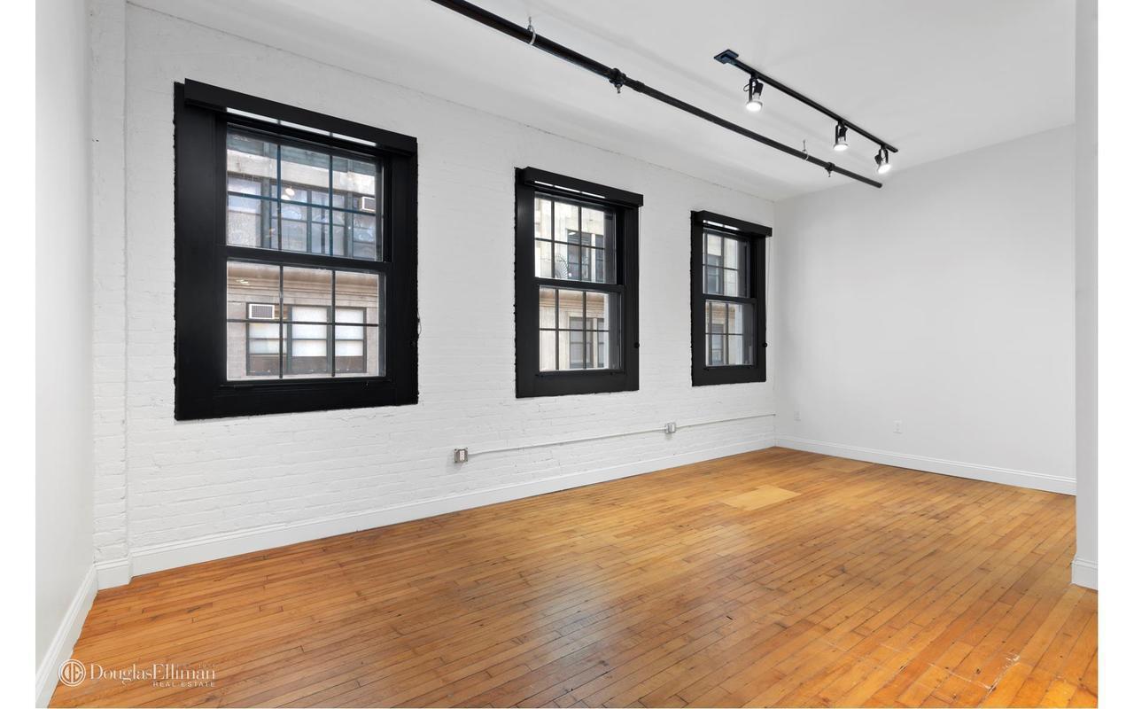 135 Plymouth Street Dumbo Brooklyn NY 11201
