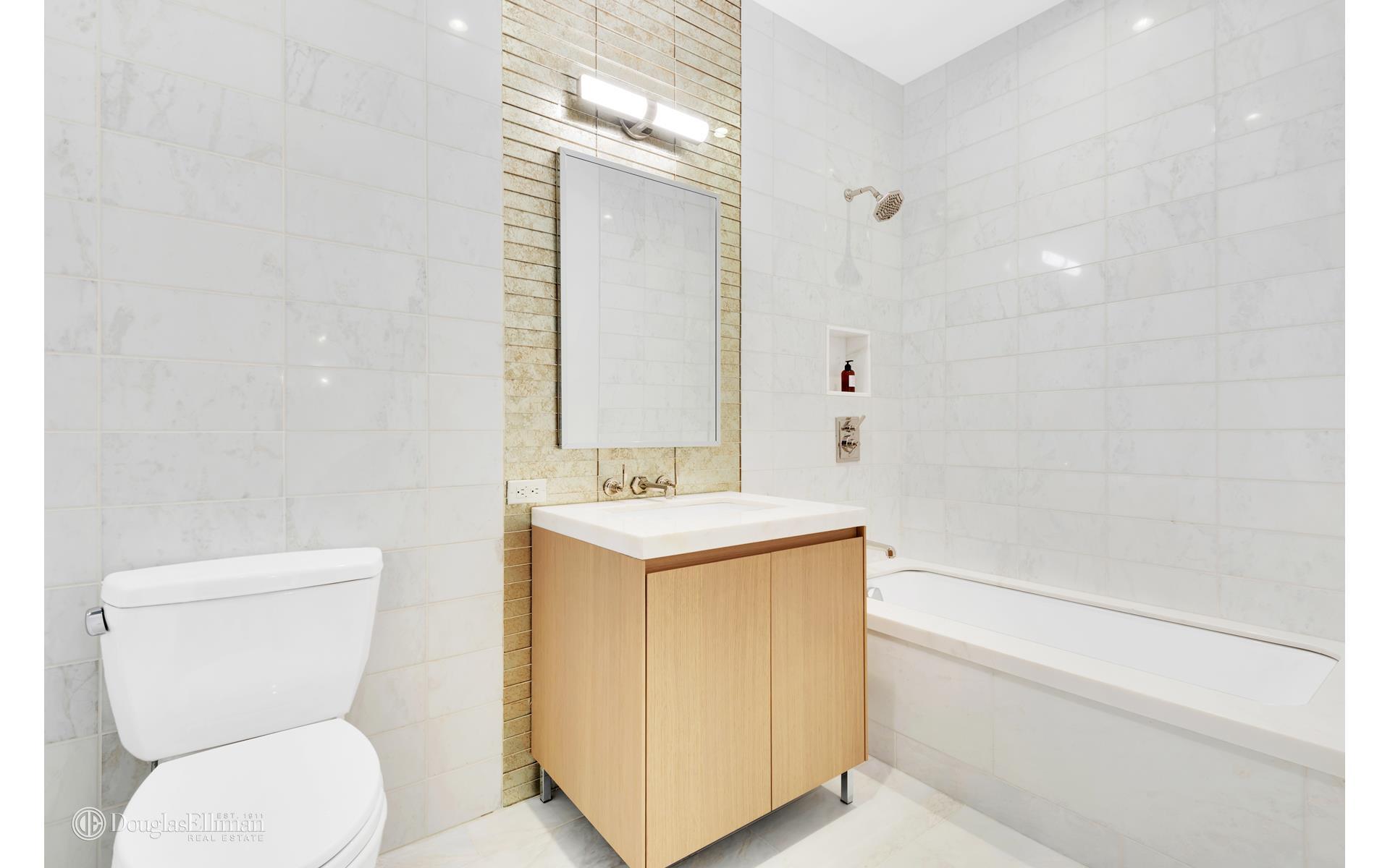 215 East 19th Street Gramercy Park New York NY 10003