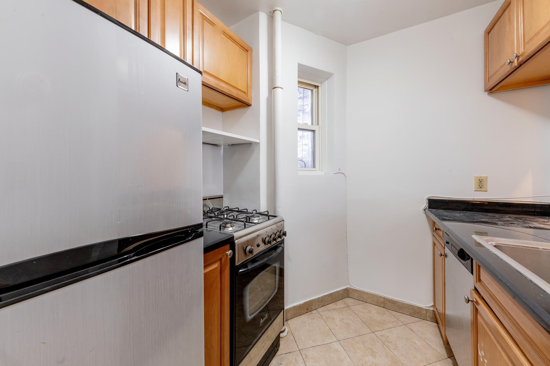 525 East 81st Street Upper East Side New York NY 10028