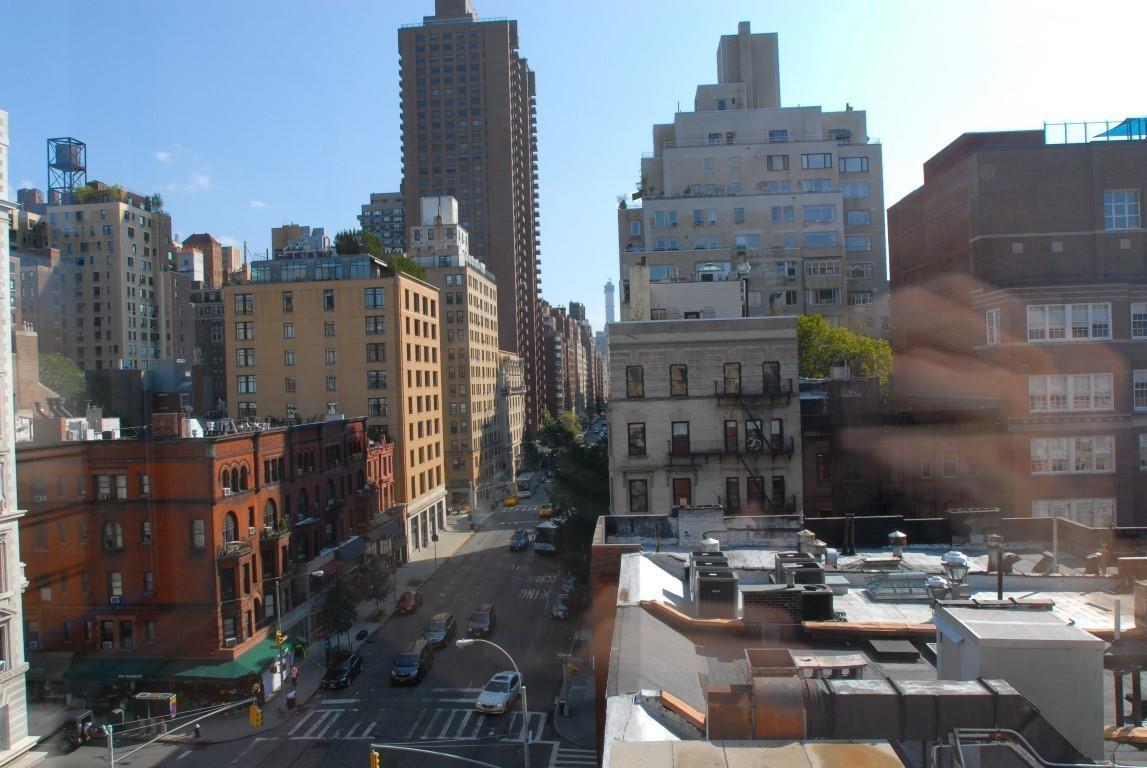 26 East 93rd Street Carnegie Hill New York NY 10128