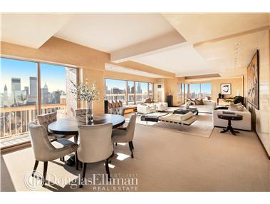 Condominium for Sale at 200 East 69th Street New York, New York 10021 United States