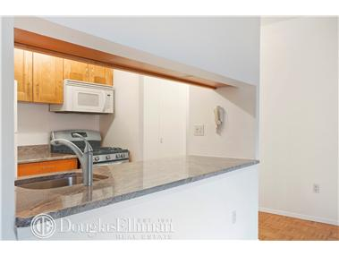 Condominium for Sale at HUDSON TOWER, Hudson Tower, 350 Albany Street New York, New York 10048 United States