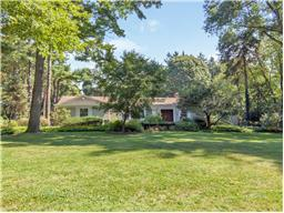 Single Family for Sale at 24 Pheasant Hill Ln Old Brookville, New York 11545 United States
