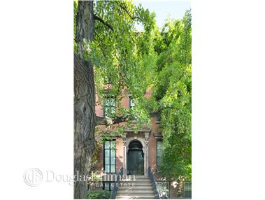 Single Family for Sale at 8 St Lukes Pl New York, New York 10003 United States