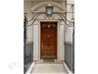Single Family for Sale at 29 Beekman Pl New York, New York 10022 United States