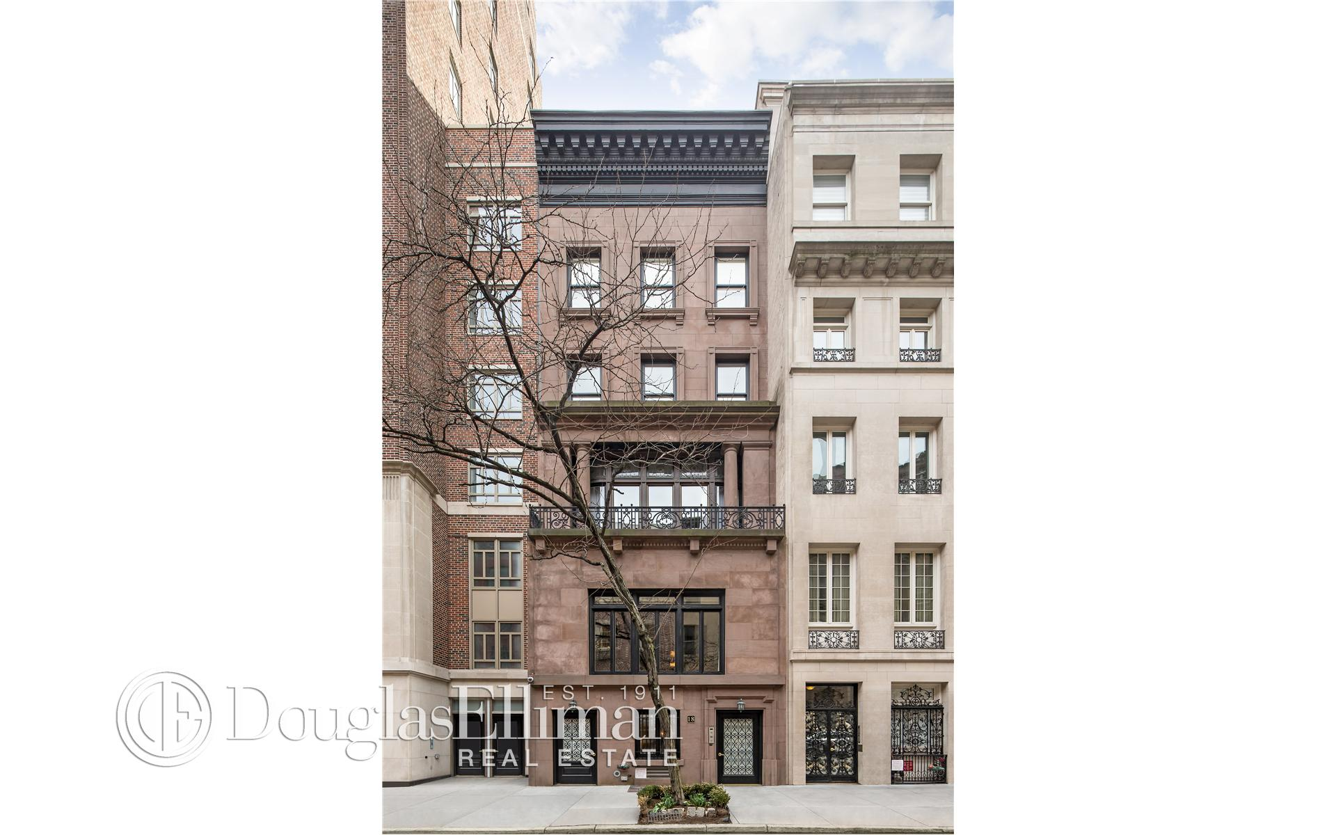 Multi Family for Sale at 18 East 62nd Street New York, New York 10065 United States