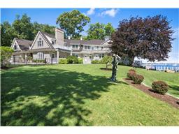 Single Family for Sale at Shelter Island 29 Winthrop Shelter Island, New York 11964 United States