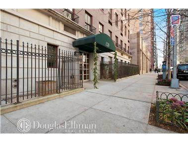 Condominium for Sale at 120 Gramercy Hill, 120 Gramercy Hill, 120 East 29th Street New York, New York 10016 United States