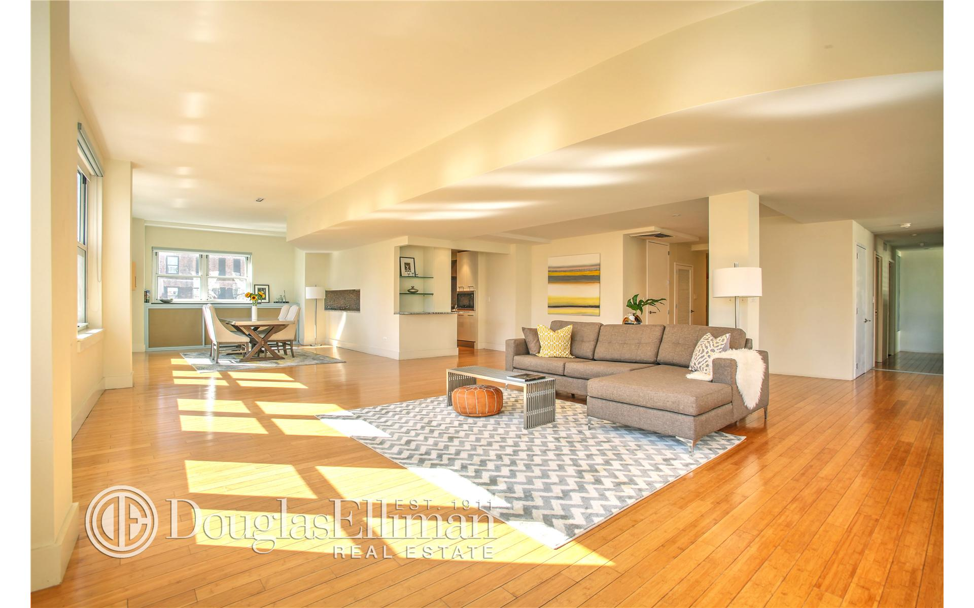 Condominium for Sale at 130 Fulton Street New York, New York 10038 United States