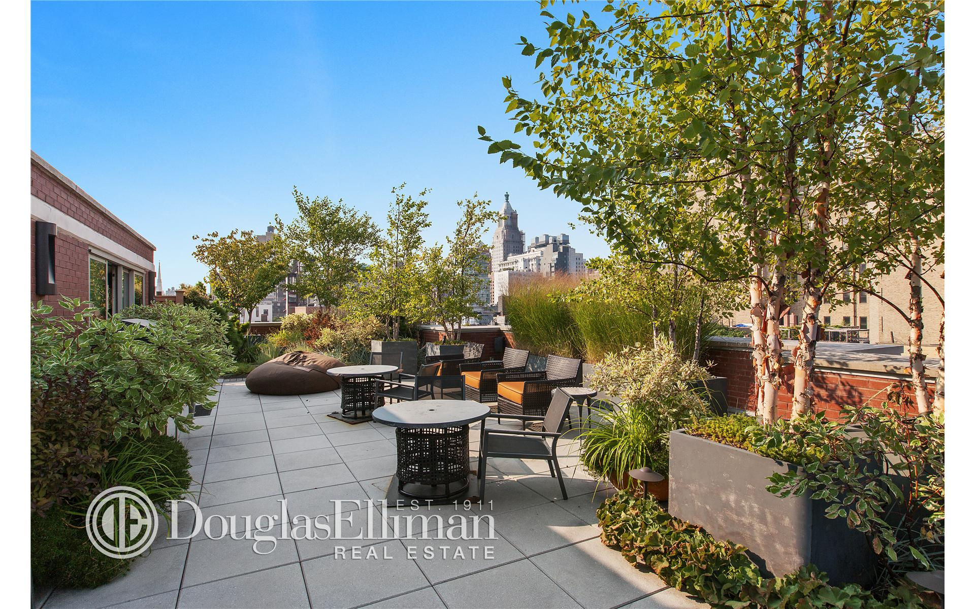 Condominium for Sale at Village Green, Village Green, 311 East 11th Street New York, New York 10003 United States