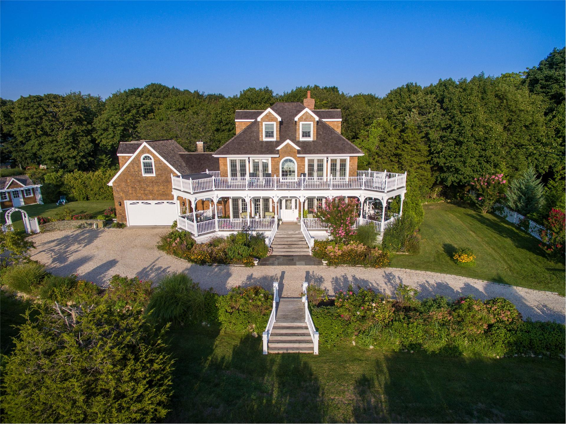 Single Family for Sale at New Suffolk 14905 New Suffolk Ave New Suffolk, New York 11956 United States