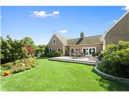 Single Family for Sale at Southampton 17 Clearview Farm Rd Southampton, New York 11968 United States