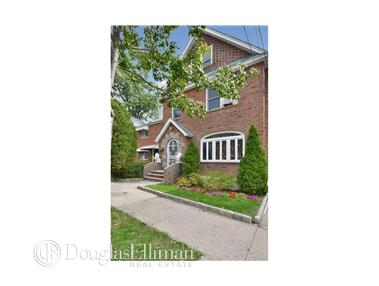 Single Family for Sale at 5928 Fieldston Rd Bronx, New York 10471 United States