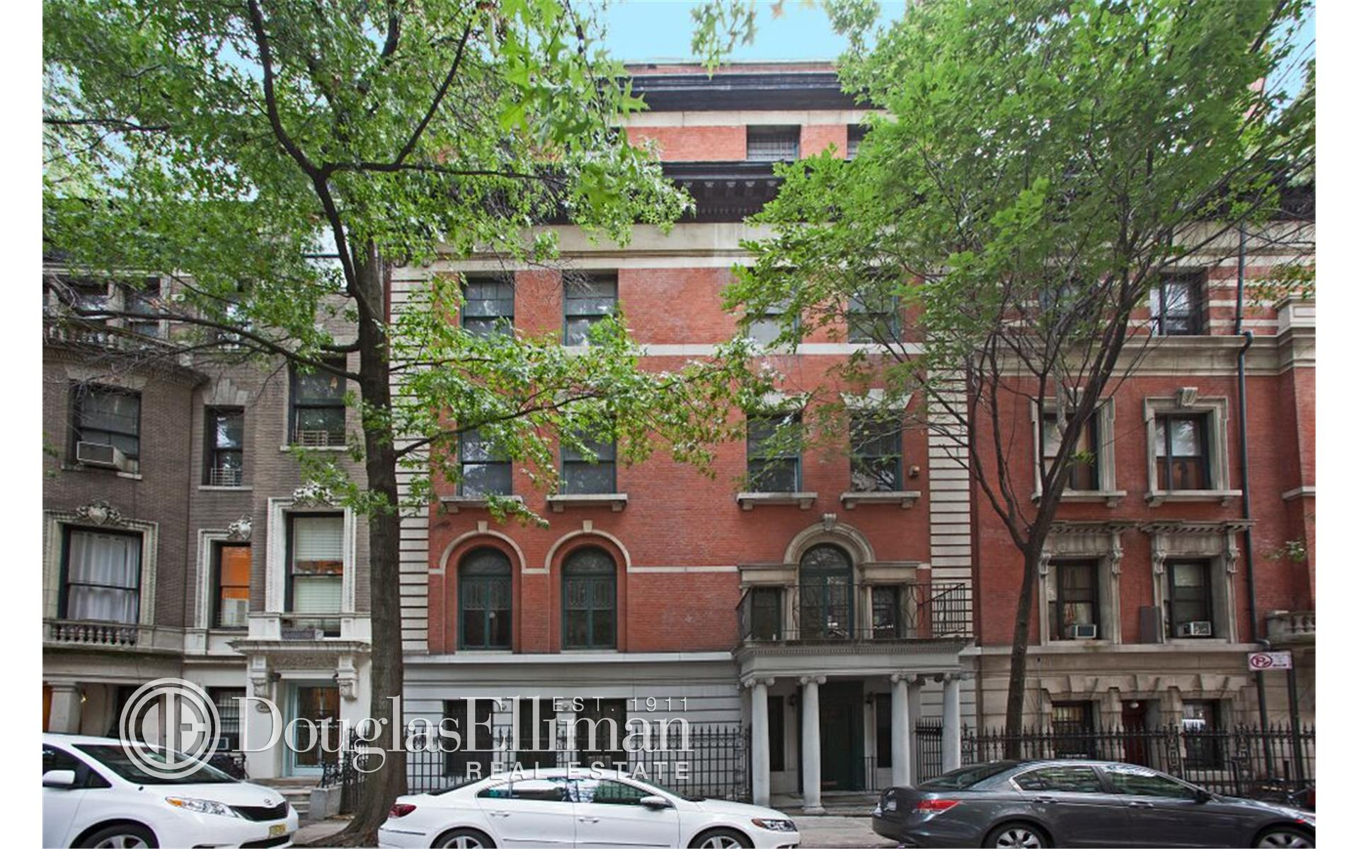Single Family for Sale at 272 West 91st Street New York, New York 10024 United States