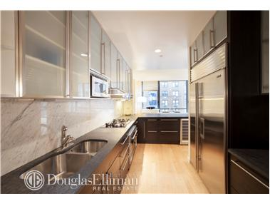 Condominium for Sale at 330 East 57th Street, 330 East 57th Street, 330 East 57th Street New York, New York 10022 United States