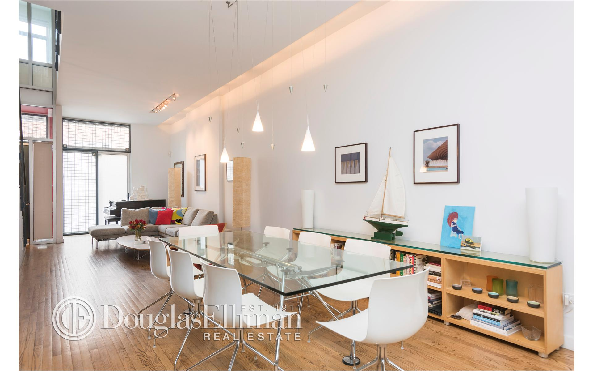 Multi Family for Sale at 230 West 112th Street New York, New York 10025 United States