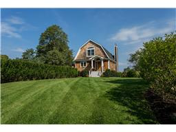Single Family for Sale at 5503 Main Bayview Rd Southold, New York 11971 United States