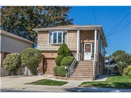 Single Family for Sale at 321 Courthouse Rd Franklin Square, New York 11010 United States