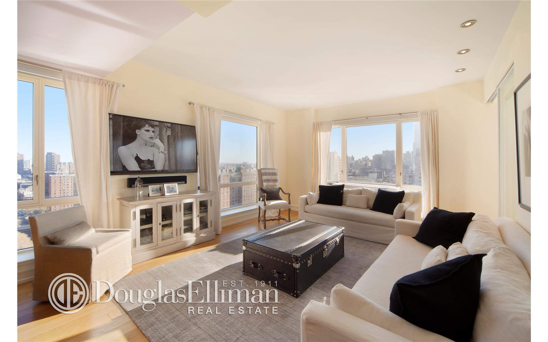 Condominium for Sale at One Museum Mile, One Museum Mile, 1280 Fifth Avenue New York, New York 10029 United States