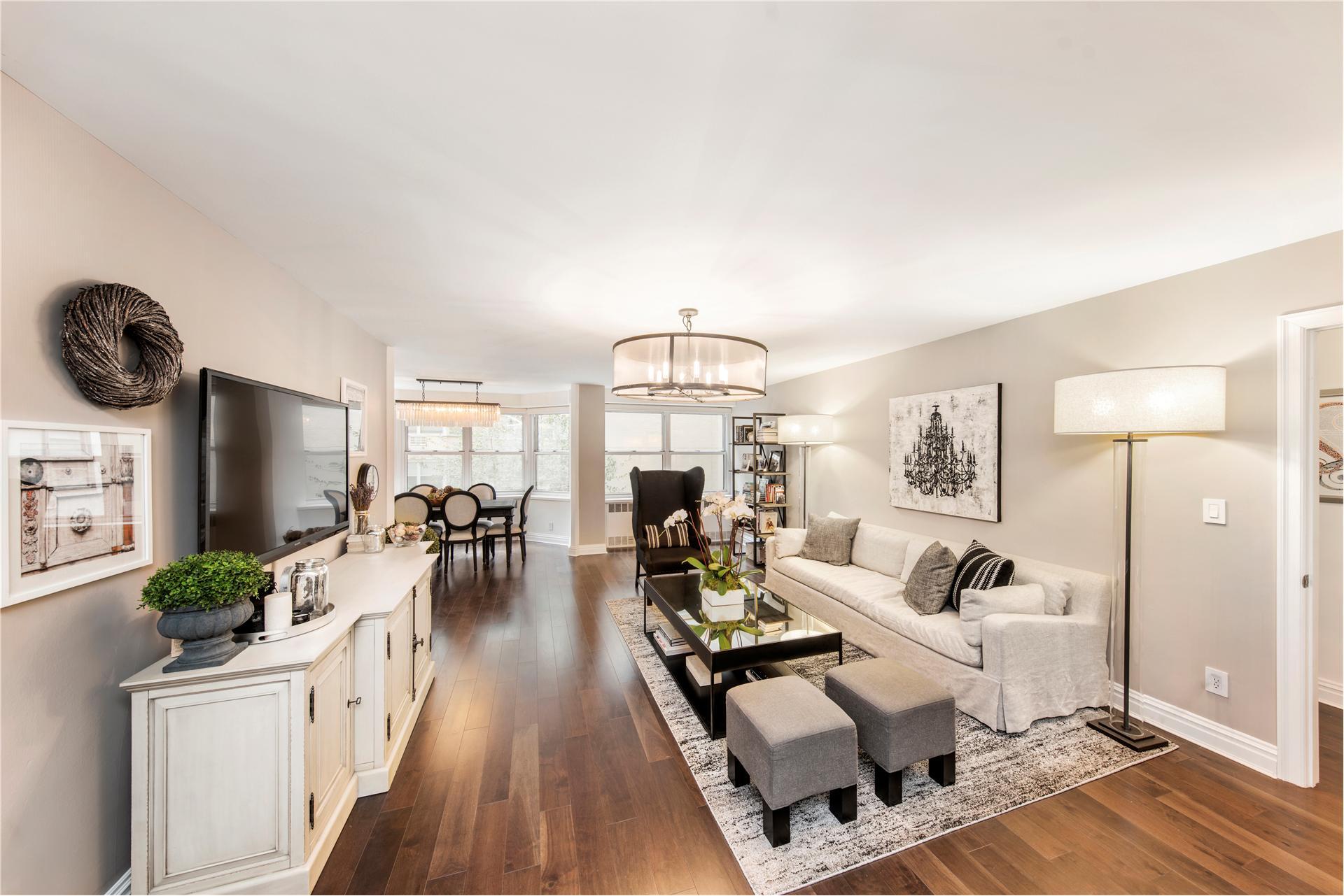 New York Real Estate Agent Jackie Palmieri Douglas Elliman