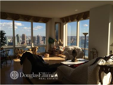 Condominium for Sale at Trump World Tower, Trump World Tower, 845 United Nations Plaza New York, New York 10017 United States