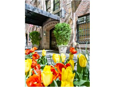 eastgate, 215 East 73rd Street, 2A