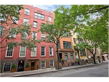 120 Waverly Pl, 4F - Greenwich Village, New York