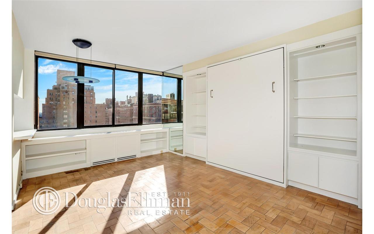 455 East 86th Street, 15D - Upper East Side, New York