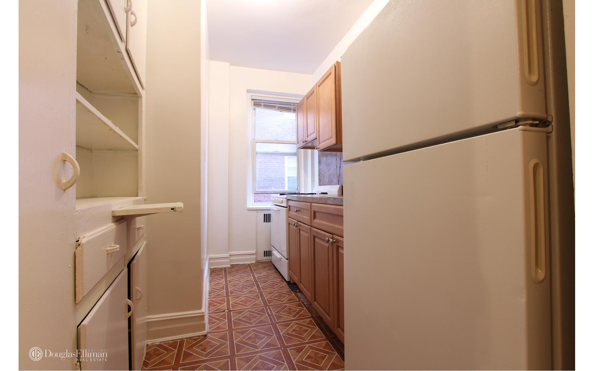 Bay Ridge 1 Bedroom Rental At 8201 Fourth Ave Brooklyn Ny 11209 4f 1650 Apartable