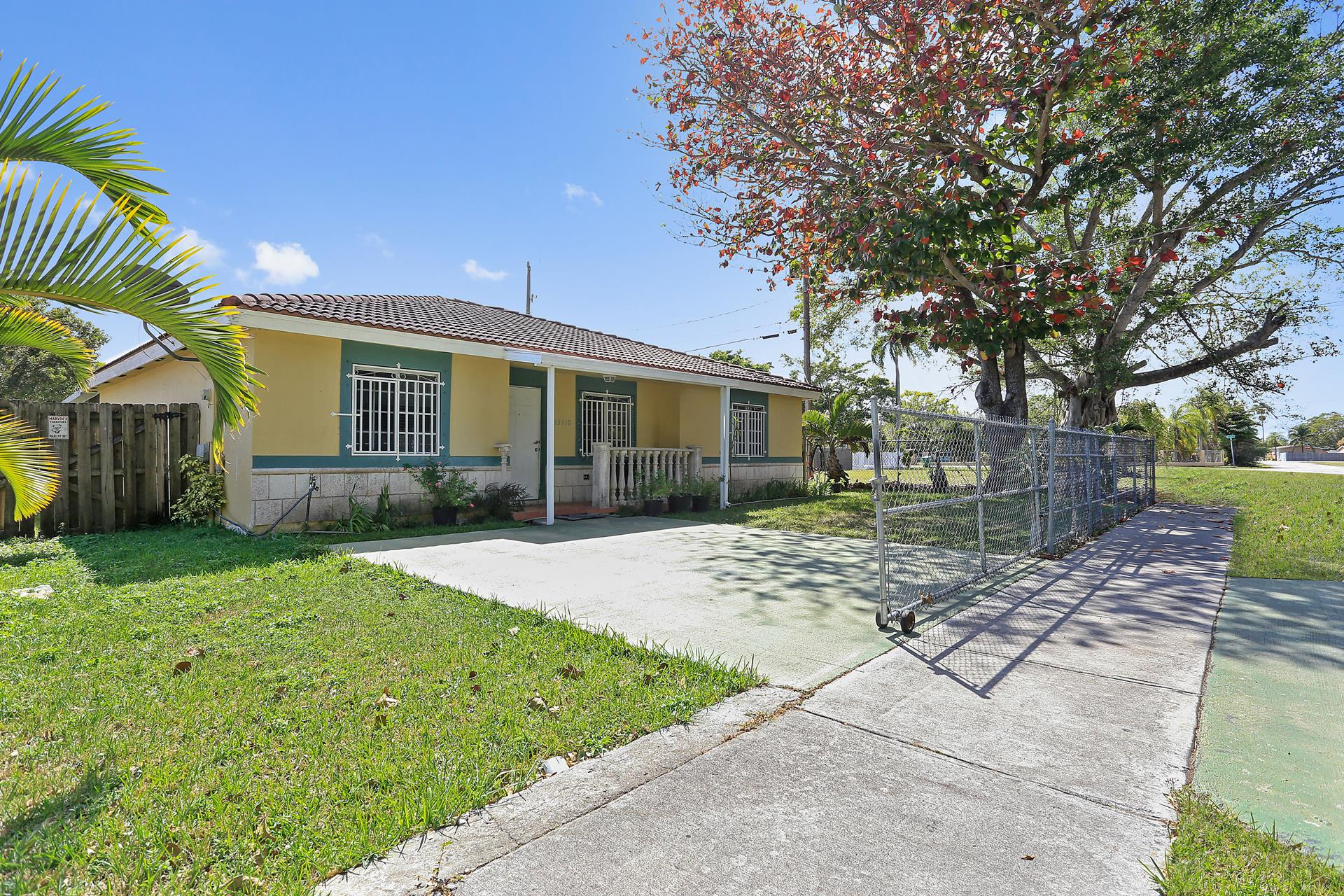 13310 SW 266th St - Homestead, Florida