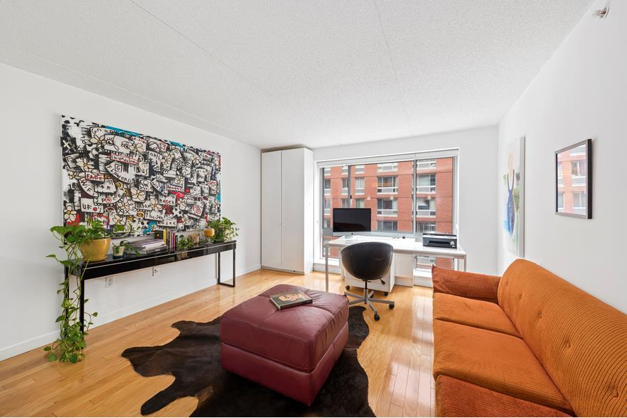 555 West 23rd Street, S7C - Chelsea, New York
