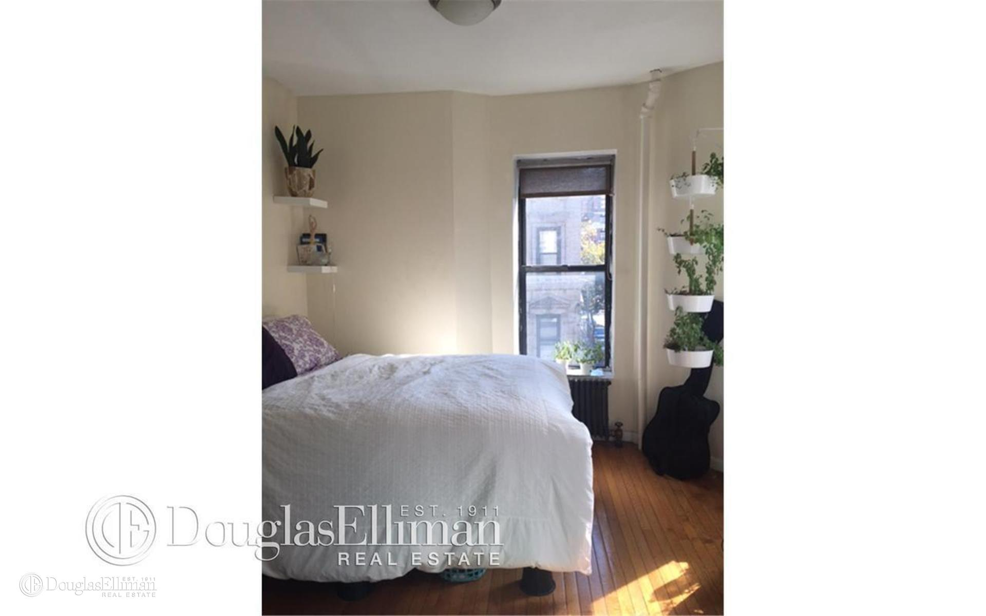 Lower East Side 2 Bedroom Rental At 71 Clinton St New York NY 10002 5 28