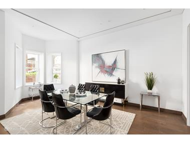 Single Family Home for Sale at 18 West 75th Street 18 West 75th Street New York, New York 10023 United States