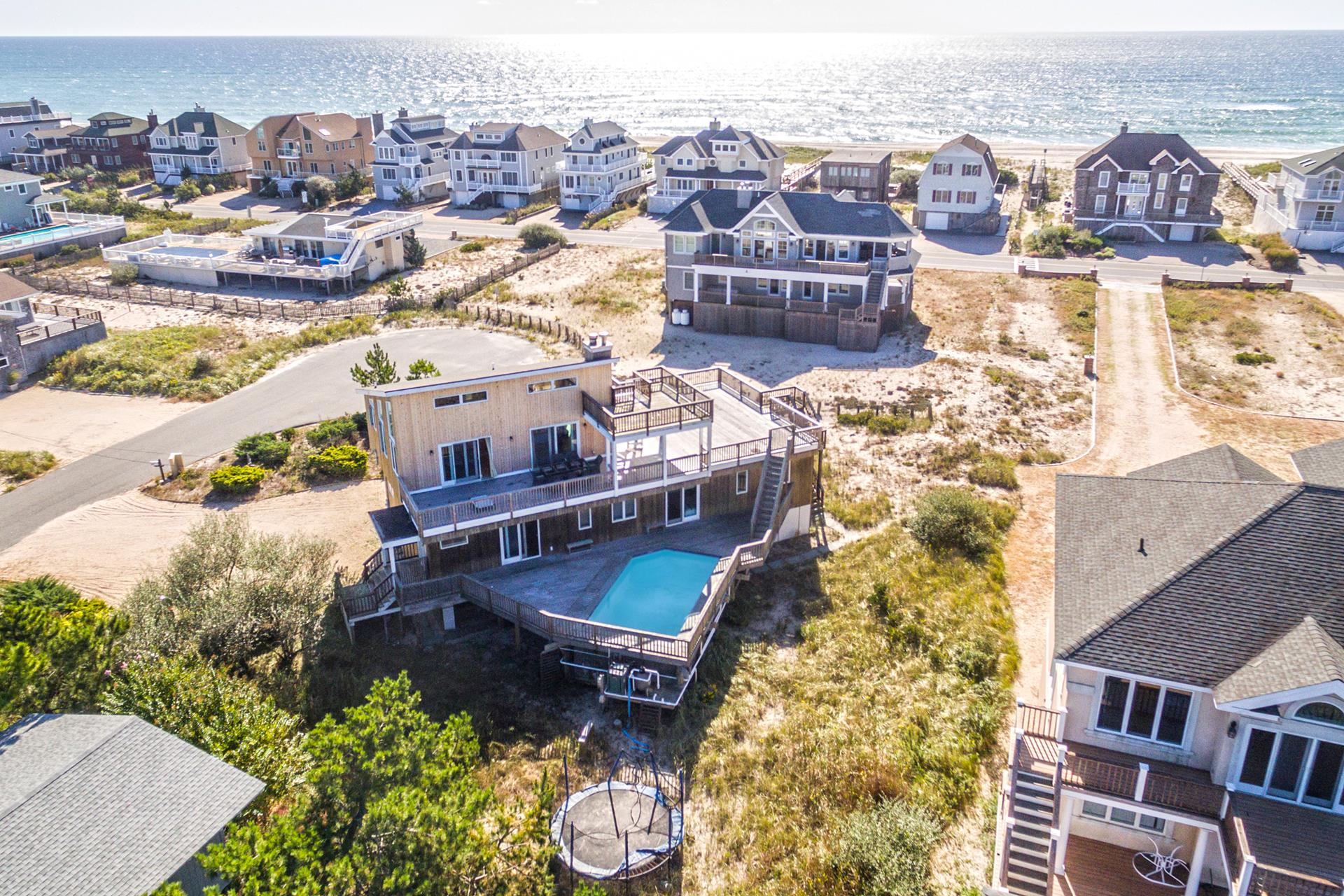 28 Cove Ln - Westhampton Dune, New York
