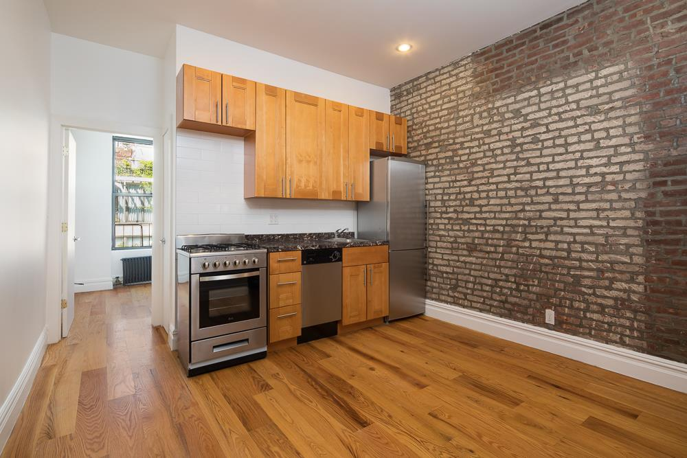 162 East 82nd St, 3A - Upper East Side, New York