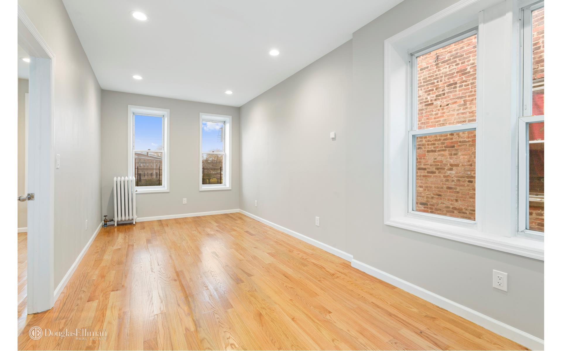 East New York 2 Bedroom Rental At 844 New Lots Ave Brooklyn Ny 11208 2b 1950 Apartable