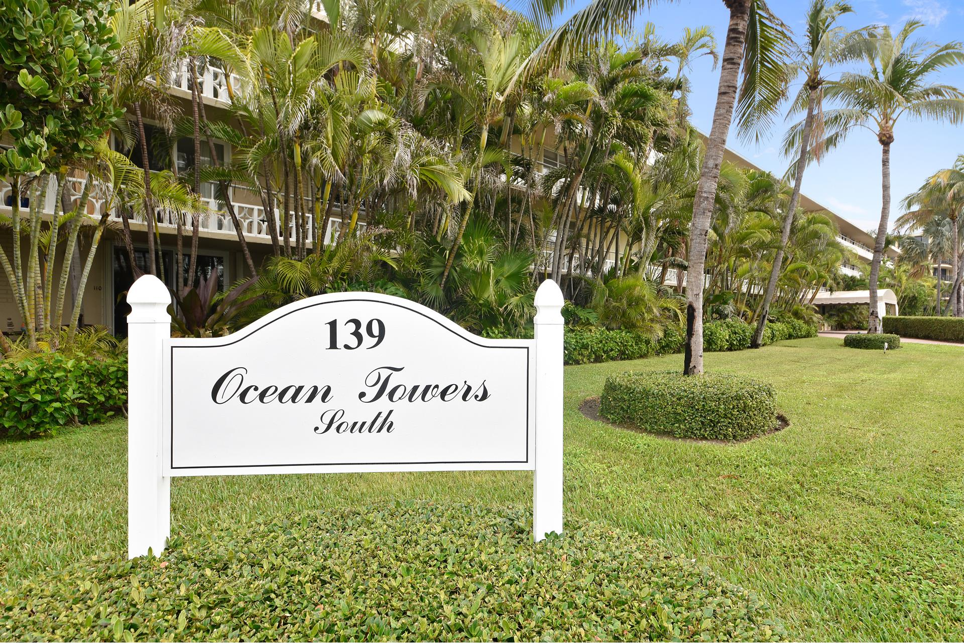 139 Sunrise Avenue, 110 - Palm Beach, Florida