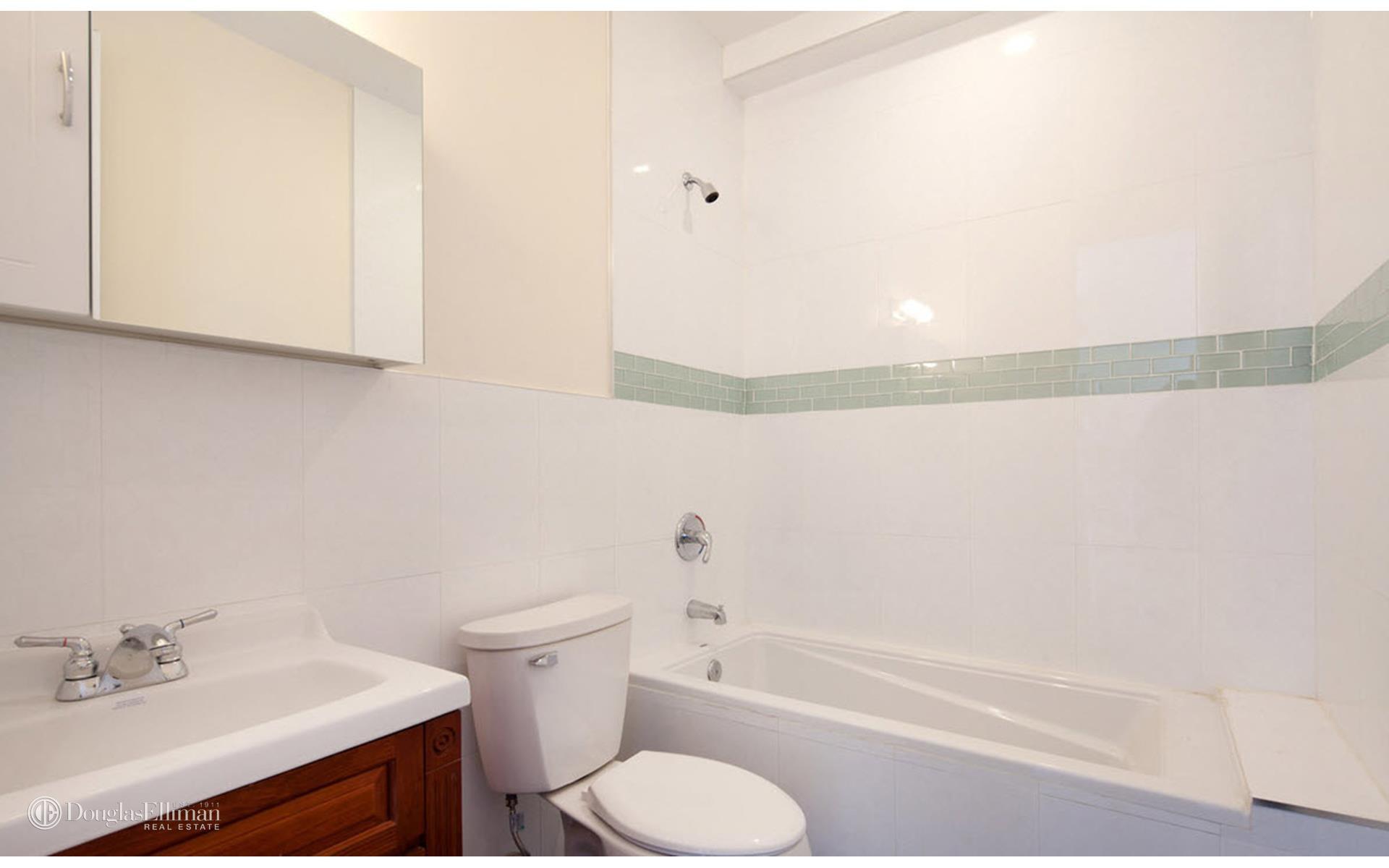 Williamsburg 2 bedroom rental at 172 skillman ave - 1 bedroom apartments williamsburg brooklyn ...