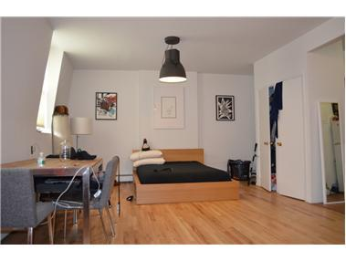 80 Montague St, 4R - Brooklyn Heights, New York