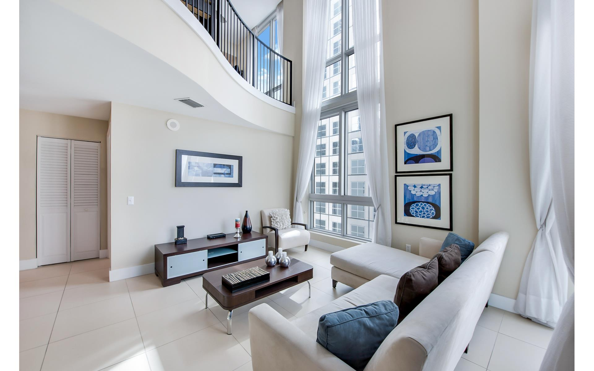 Met 1, 300 South Biscayne Boulevard Unit L-1234 | The Miami Luxury ...