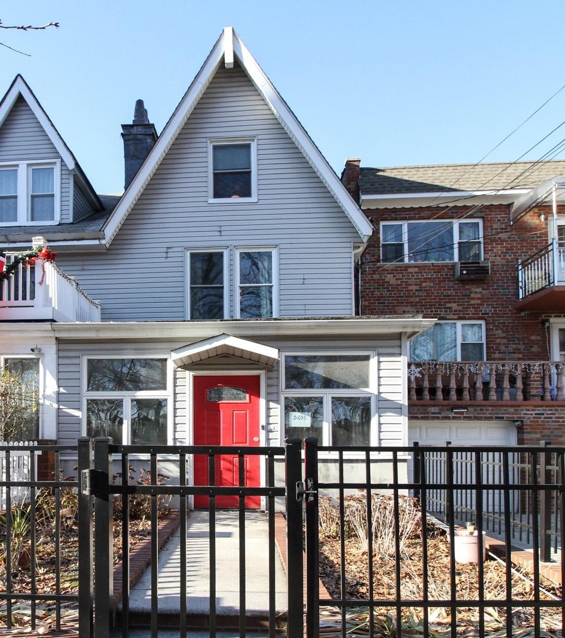 3805 Sedgwick Avenue - Kingsbridge Heights, New York