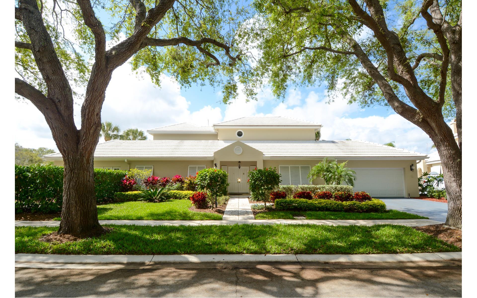 14386 Cypress Island Circle - Palm Beach Gardens, Florida | Douglas ...