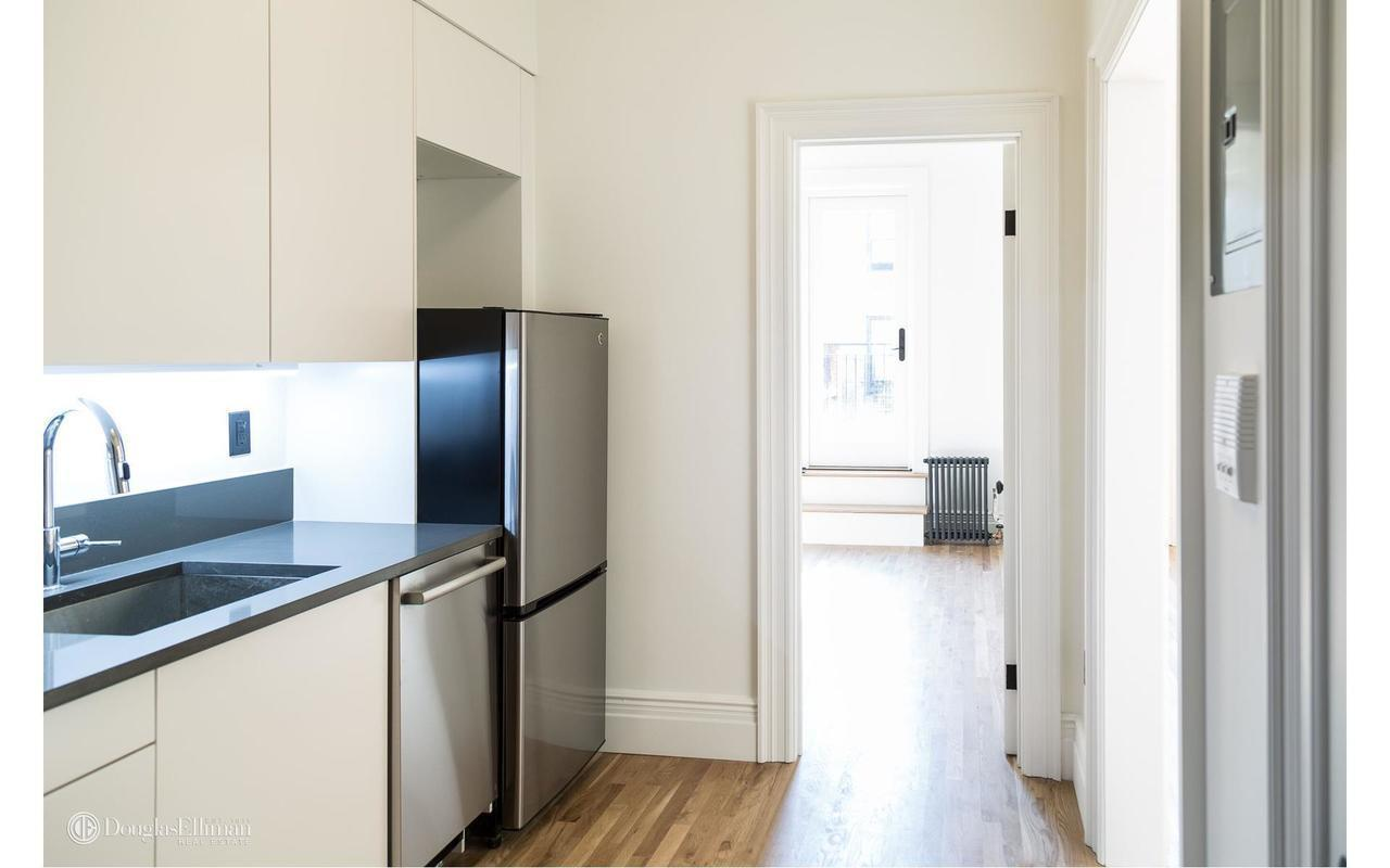 54 West 71st St, 3R - Upper West Side, New York