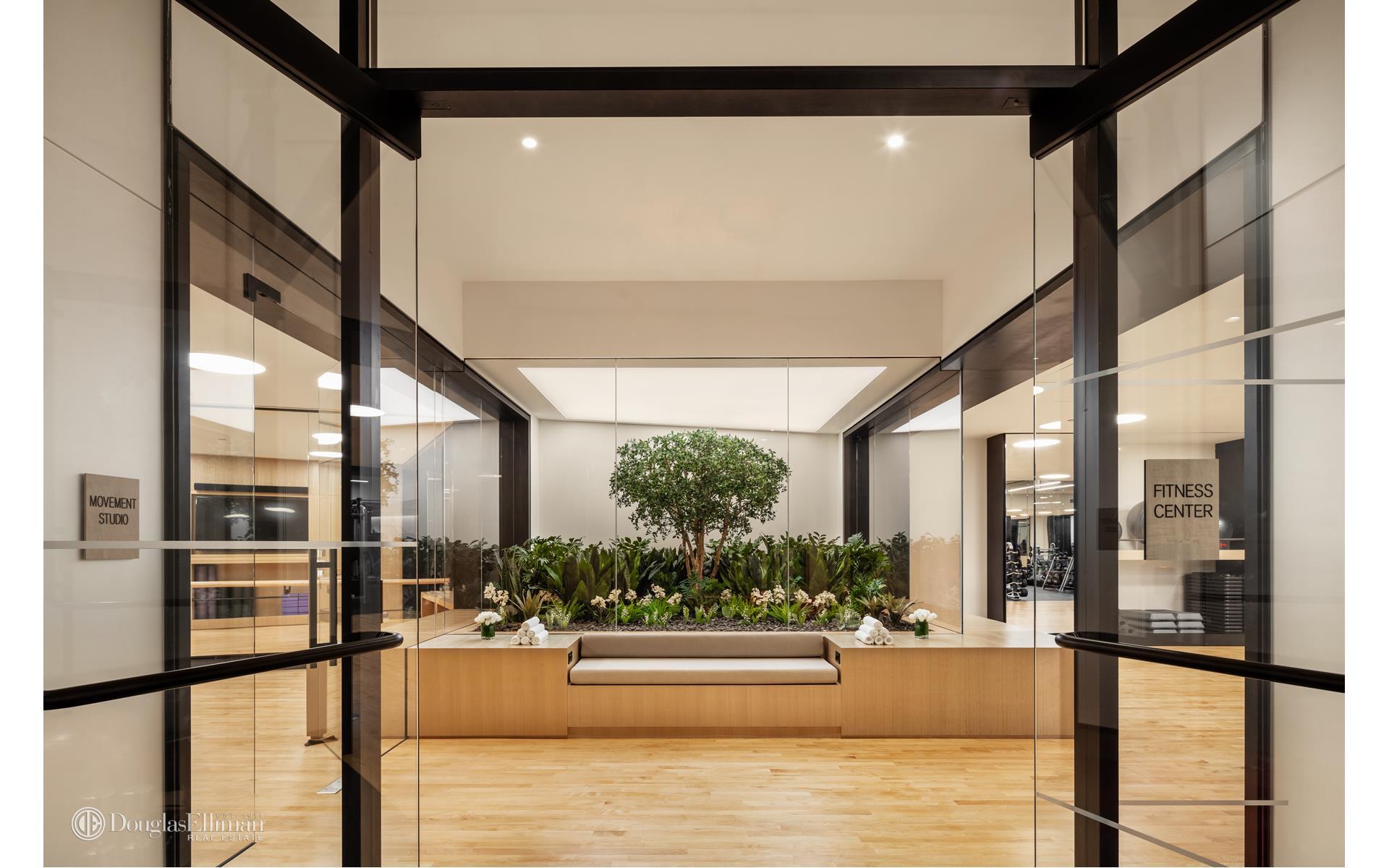 111 Murray Street Interior Photo