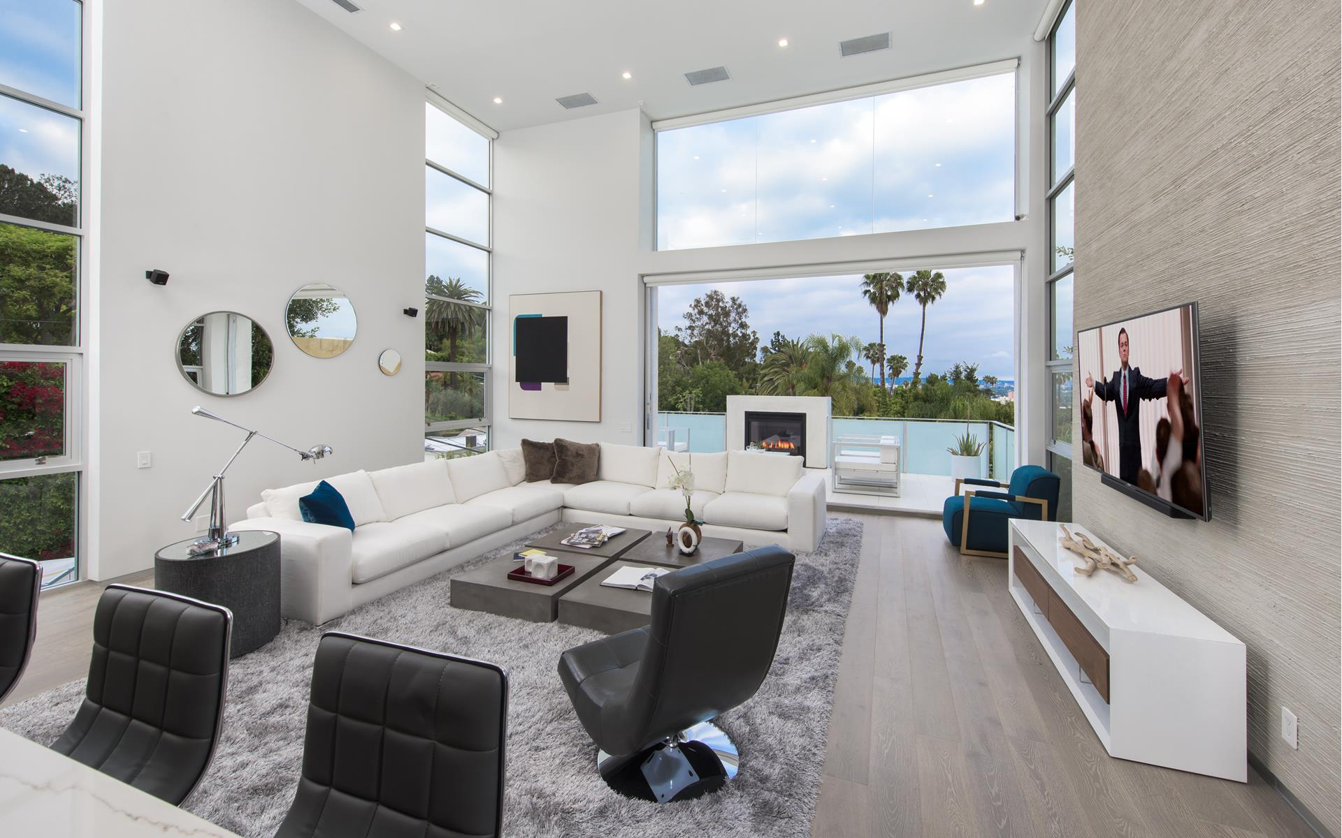 1162 SUNSET HILLS Road - Sunset Strip / Hollywood Hills West, California