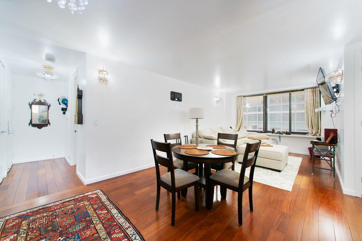 The Alfred Condo, 161 West 61st St, 3F - Upper West Side, New York